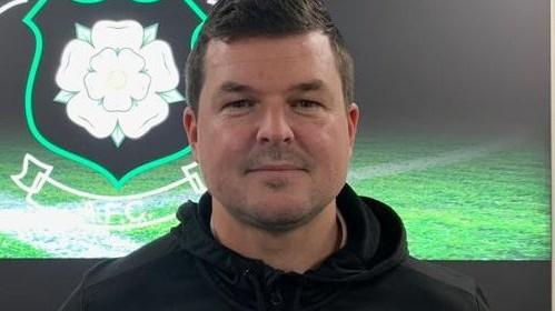 Jon Newiss steps down as Golcar United reserve team boss