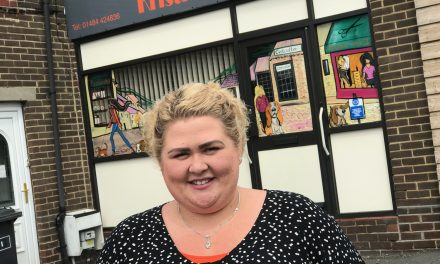Ain't nothing like a hound dog as amazing mural puts Kristie's hair salon on the map