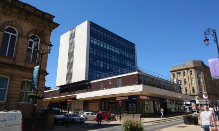 Kirklees Council closes in on 'mystery' town centre building as Barry Sheerman says 'let's talk'