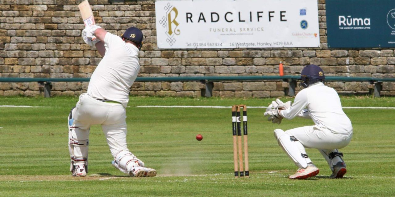Honley had the Will as Kelly and Fraine put on century opening partnership